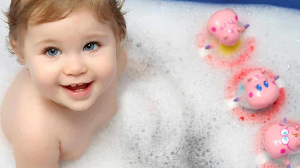 How To Make Your Baby Bath Time A Happy One