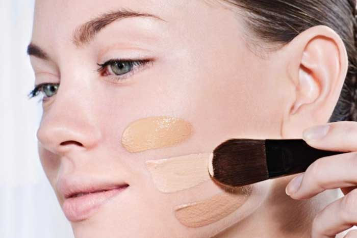 Best Foundations For Oily Skin Buying Guide