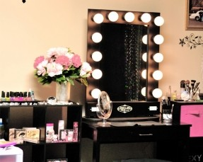 Best Lighted Makeup Mirror  B1