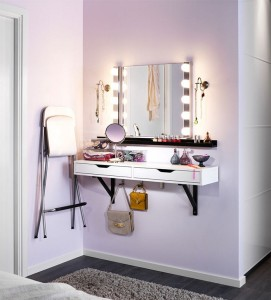 Best Lighted Makeup Mirror  B2