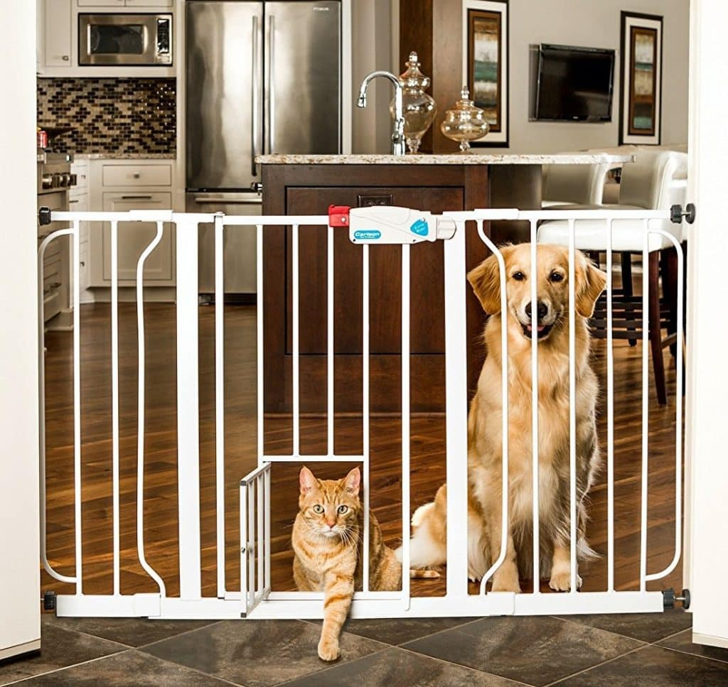 Carlson 44-Inch Extra Wide Walk-Through Gate with Pet Door