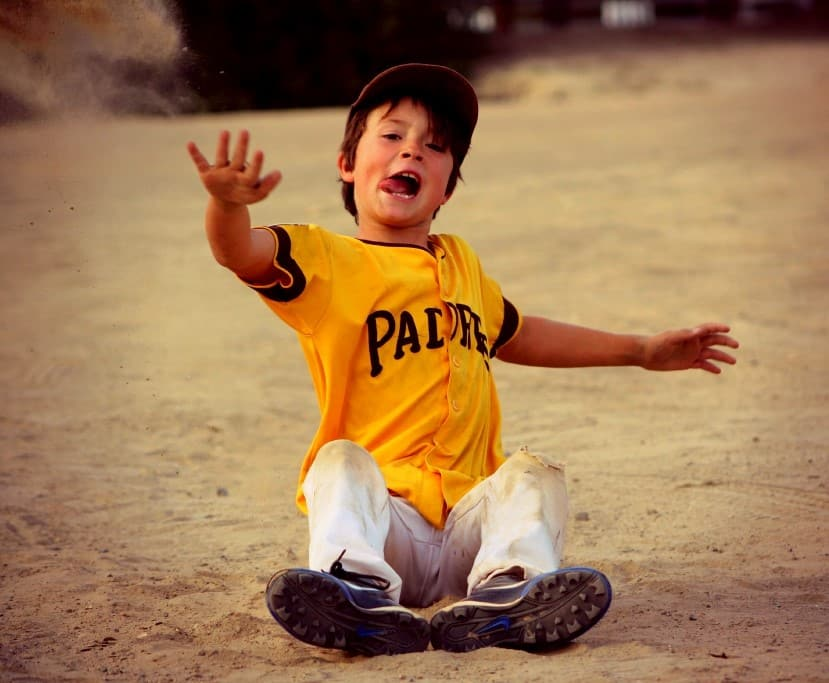 7 Reasons Why Kids Should Play Sports