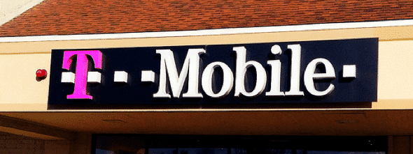 choosing family smartphones and plans